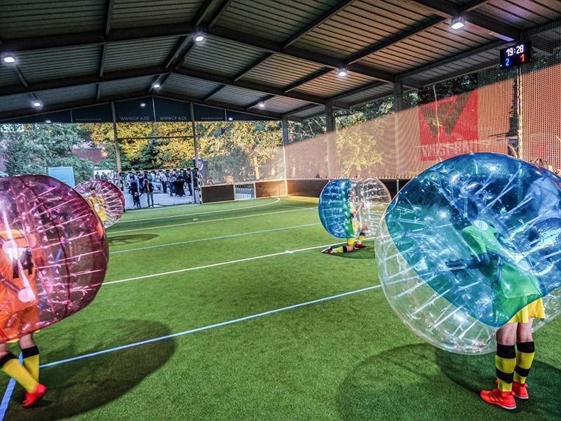 Bubble-Soccer in der GFA-Arena in Simmern